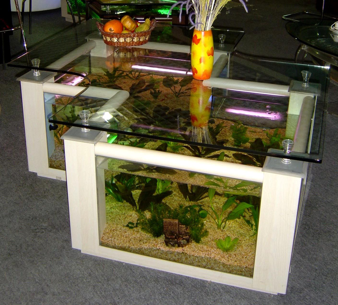 corner coffee table aquarium aquarium design ideas. Black Bedroom Furniture Sets. Home Design Ideas