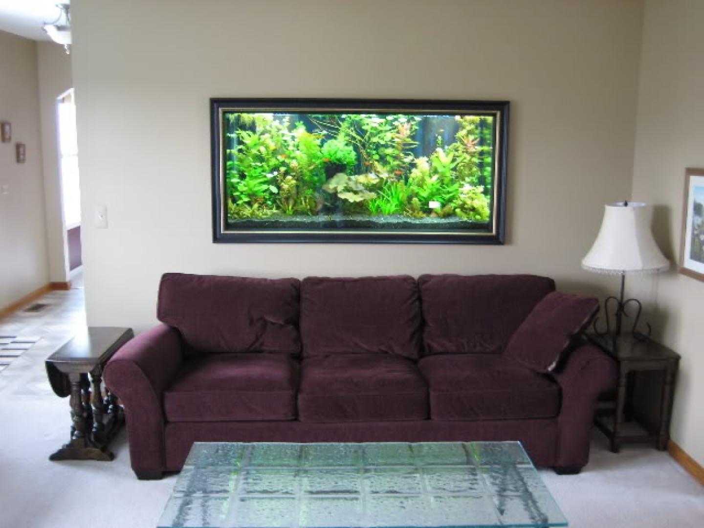 Wall mounted aquarium design aquarium design ideas for Aquarium interior designs pictures